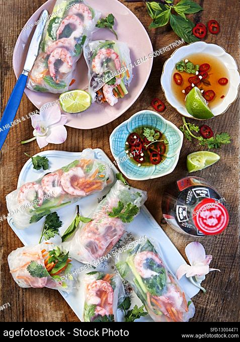 Asian summer rolls with prawns, lime, coriander, carrot, mint and cucumber