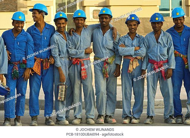 Dubai, Burj Dubai, migrant workers building the tallest structure in the world