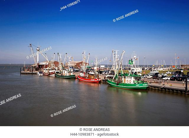 Crab cutters in the harbour, Greetsiel, Leybucht, Krummhörn, East Friesland, Lower Saxony