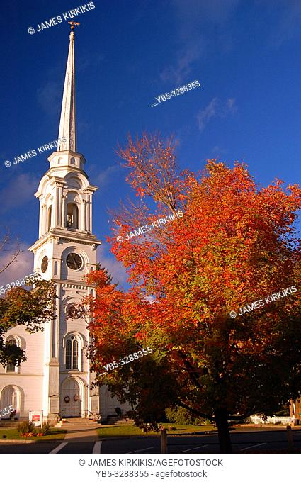 Autumn Colors compliment a traditional New England church in Massachusetts