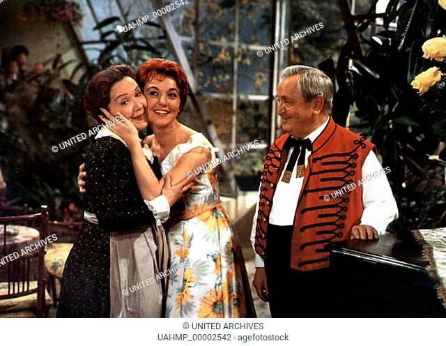 Gräfin Mariza, (GRÄFIN MARIZA) D 1958, Regie: Rudolf Schündler, LUCIE ENGLISCH, CHRISTINE GÖRNER, HANS MOSER