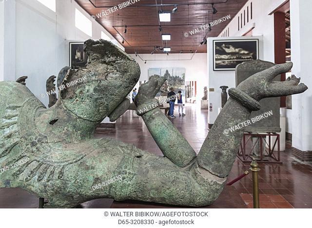 Cambodia, Phnom Penh, National Museum of Cambodia, interior, Angkor-era sculpture