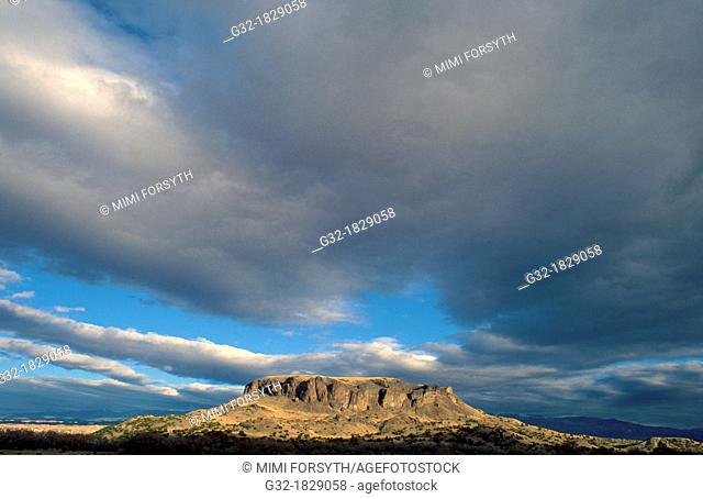 Black Mesa, San Ildefonso Pueblo, northern New Mexico, USA The mesa is considered sacred to the pueblo