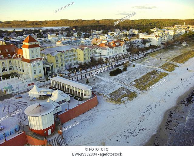 aerial view to the beach of Baltic Sea resort Binz, Germany, Mecklenburg-Western Pomerania, Ruegen, Binz