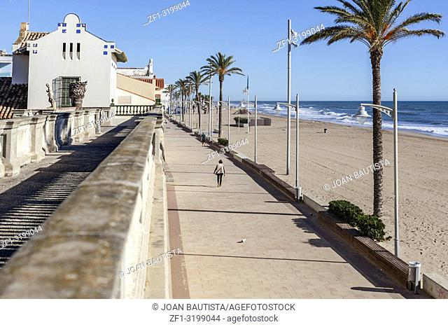 Mediterranean beach, maritime promenade and Museum Pau Casals, maritime quarter of Sant Salvador, El Vendrell, Costa Daurada, Catalonia, Spain