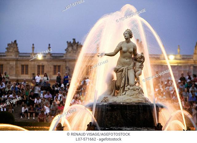 Latona Basin (Fountain) at night. Chateau de Versailles (Castle). Ile-de-France. France