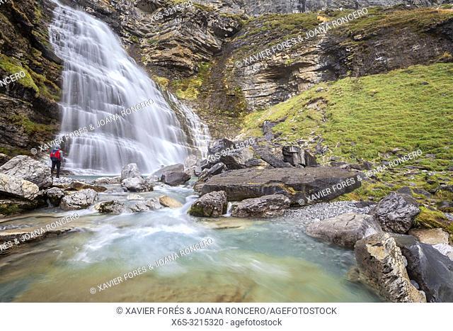 Cola de Caballo waterfall, Ordesa valley, National Park of Ordesa and Monte Perdido, Huesca, Spain