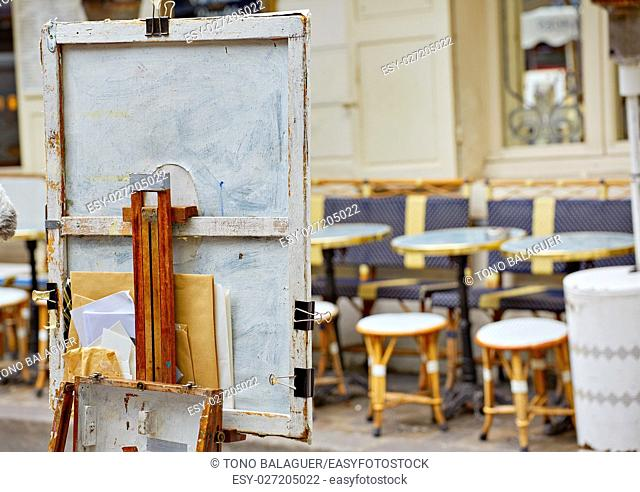 Montmartre painters place du Tertre canvas and tools in France