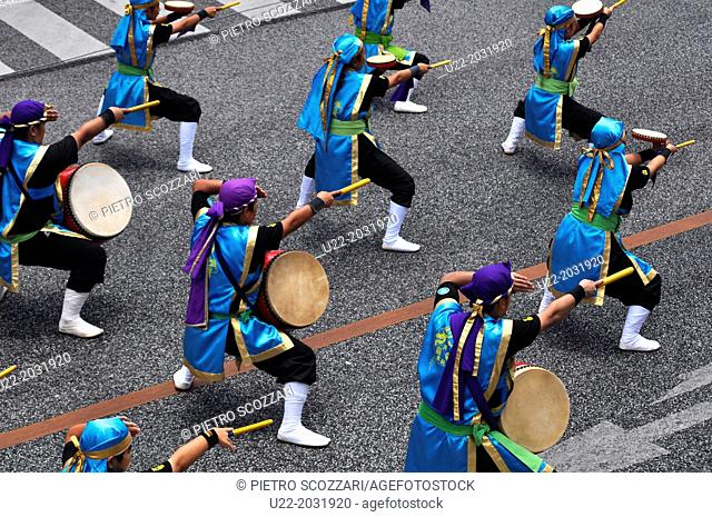 Naha, Okinawa, Japan, the 10.000 Taiko Eisa dance parade along Kokusai-dori, August