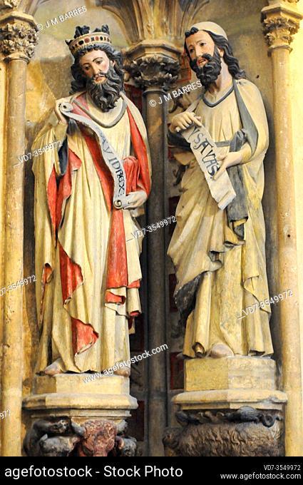Burgos city, Catedral de Santa Maria. Isaias y David, Puerta del claustro alto. Burgos province, Castilla y Leon, Spain