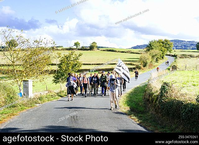 French pilgrims from Brittany near Portomarin. French Way, Way of St. James. Moutrás, Concello de Paradela, Lugo, Galicia, Spain, Europe
