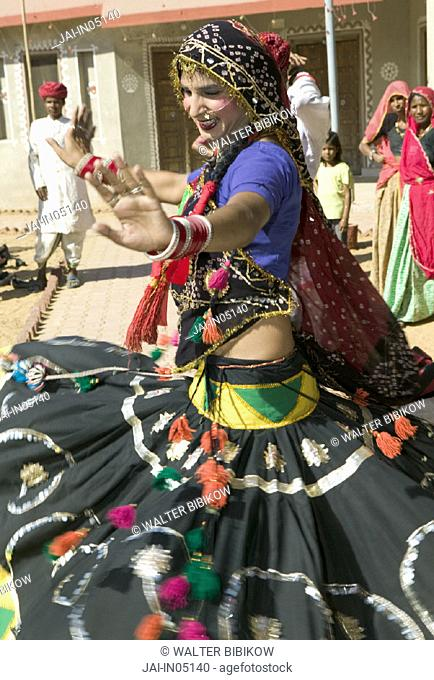 Woman Dancer of Rajasthani Dance troupe, Pushkar, Rajasthan, India