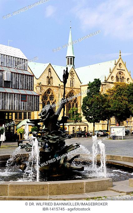 Cathedral and fountain of Neptune, Paderborn, North Rhine-Westphalia, Germany, Europe