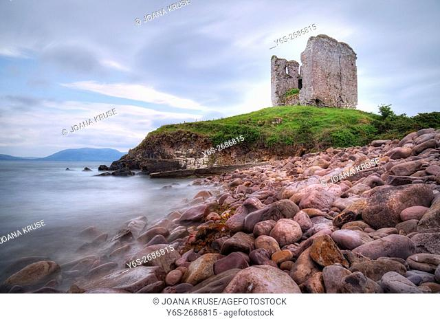Minard Castle, Dingle Peninsula, County Kerry, Ireland
