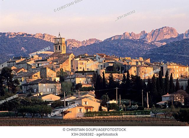 village of Sablet, Vaucluse department, Provence-Alpes-Cote d'Azur region, southeastern France, Europe