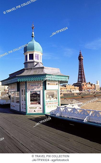 England, Lancashire, Blackpool, Kiosk on North Pier & Blackpool Tower
