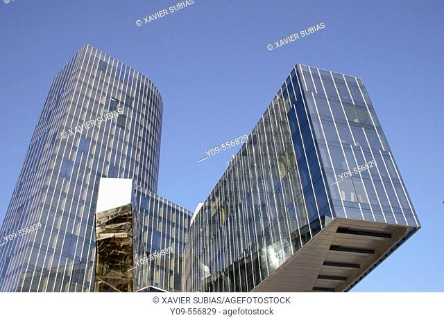 Torre Mare Nostrum, head office of Gas Natural (Spanish gas company), by Enric Miralles and Benedetta Tagliabue, Barcelona. Catalonia, Spain