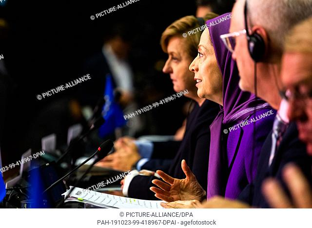 23 October 2019, France (France), Straßburg: Mariam Radzhavi (M), President of the National Resistance Council of Iran, speaks during a meeting of the...