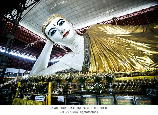 Reclining Buddha, Chauk Htat Gyi Pagoda, Yangon, Myanmar