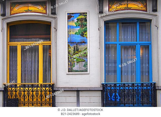 Houses built by architect Arthur Nélissen in 1906 on 172 - 174 of Avenue Georges Moreau, Brussels, Belgium