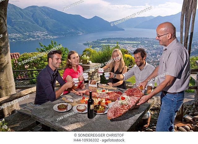 Food, Grotto al Ritrovo, Grotto, Lago Maggiore, Locarno, Ascona, canton, TI, Ticino, South Switzerland, couple, Couples, lake, lakes, food, Food, catering