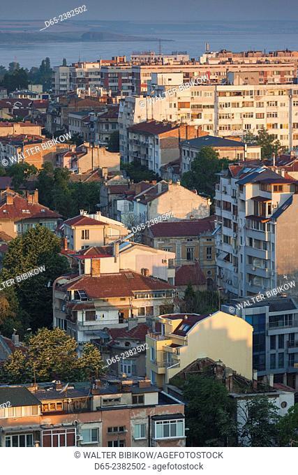 Bulgaria, Black Sea Coast, Burgas, elevated city view, dawn