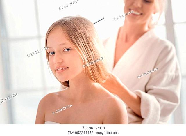 Hair Daughter Shower Stock Photos And Images Agefotostock