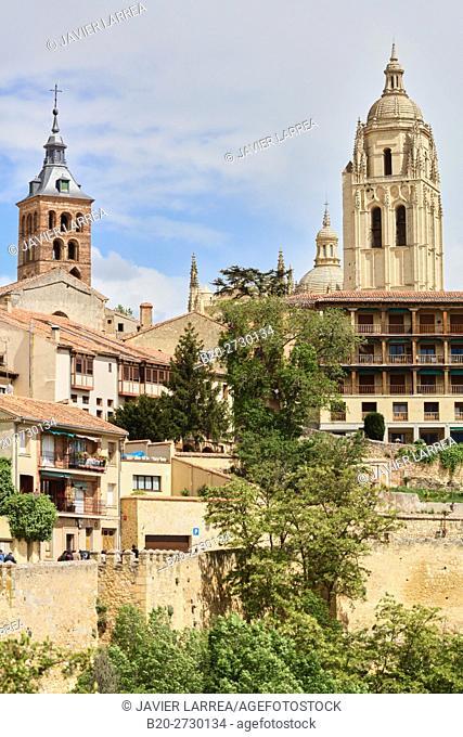 Ronda de Don Juan II and city walls, Segovia, Castilla Leon, Spain