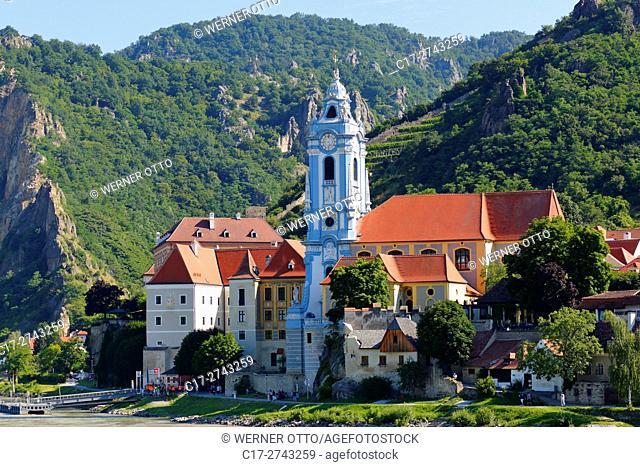 Austria, Lower Austria, A-Duernstein, Danube, Wachau, Duernstein monastery, collegiate church, baroque, former Augustinian Canons monastery