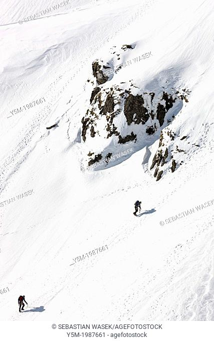 Winter climbing on Snowdon (Yr Wyddfa), Snowdonia National Park, Wales, UK, Europe