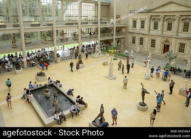 Courtyard of the American Wing, Metropolitan Museum of Art, Manhattan, New York City, USA, North America