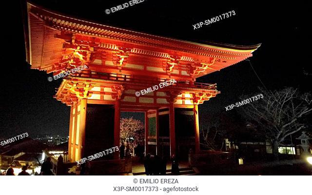 Nioumon (deva gate) near the entrance of Kiyomizu-dera Temple in Kyoto, Japan