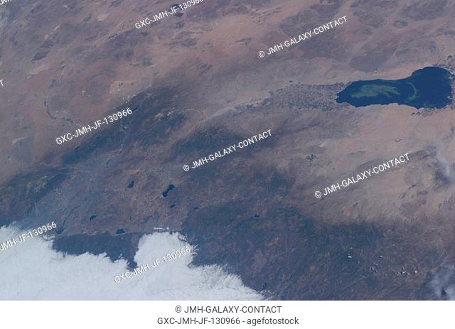 This view featuring the Salton Sea was taken by an Expedition 7 crewmember onboard the International Space Station (ISS)