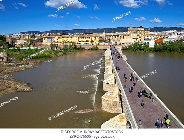 Built in the early 1st century BC across the Guadalquivir river,. The Roman bridge of Córdoba in the Historic centre of Córdoba, . Andalucia, Spain,