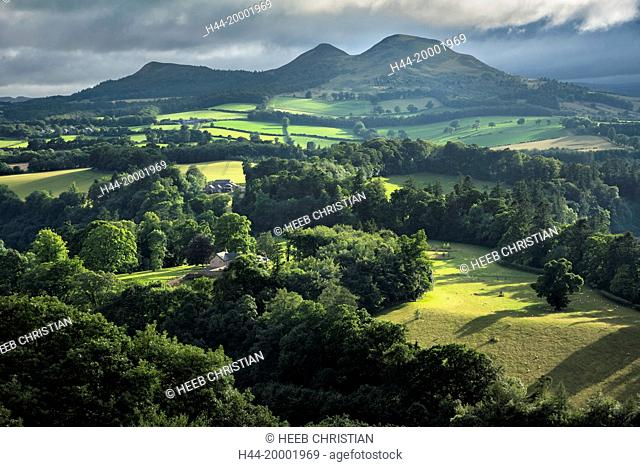 UK, Scotland, Scott's View is a viewpoint in the, overlooking the valley of the River Tweed, which is reputed to be one of the favourite views of Sir Walter...