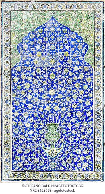 Tilework at Masjed-e Sheik Lotfollah, Sheik Lotfollah mosque, Esfahan, Iran