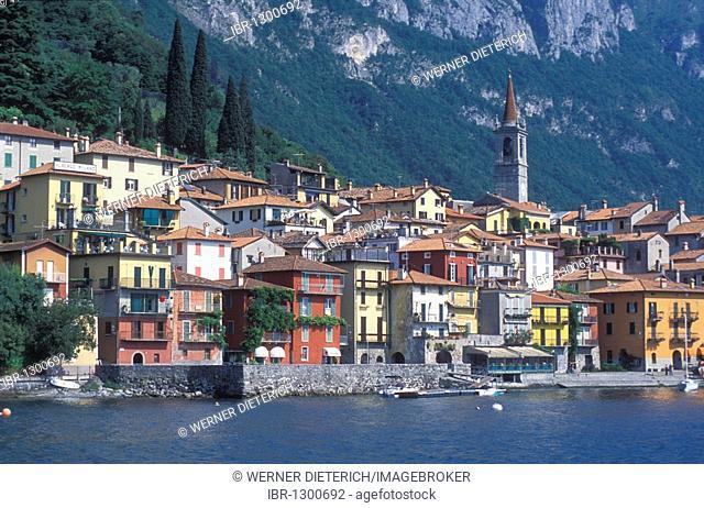 City viwe of Varenna, Lake Como, Italian Lakes, Lombardy, Italy, Europe
