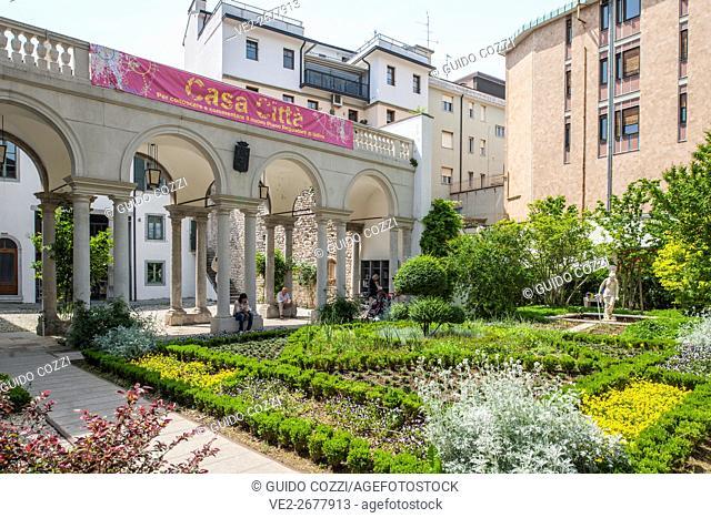Small garden near the cathedral, Udine, Friuli-Venezia Giulia, Italy