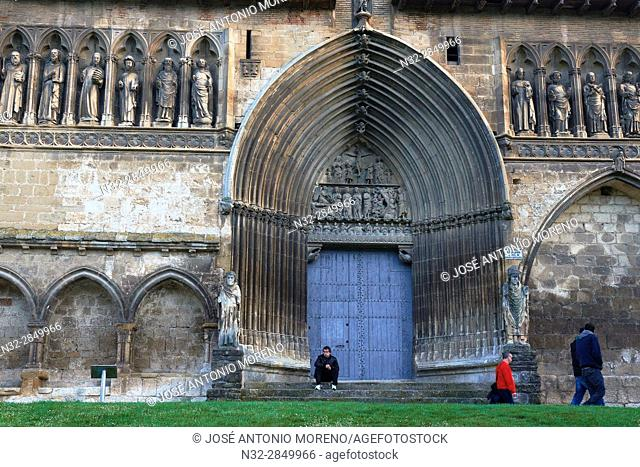 Church of Santo Sepulcro, Holy Sepulchre Church, Estella, Navarra, Way Of St. James, Navarre, Way to Santiago, Spain.
