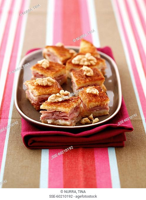 Ham-Comté and walnut toasted appetizers