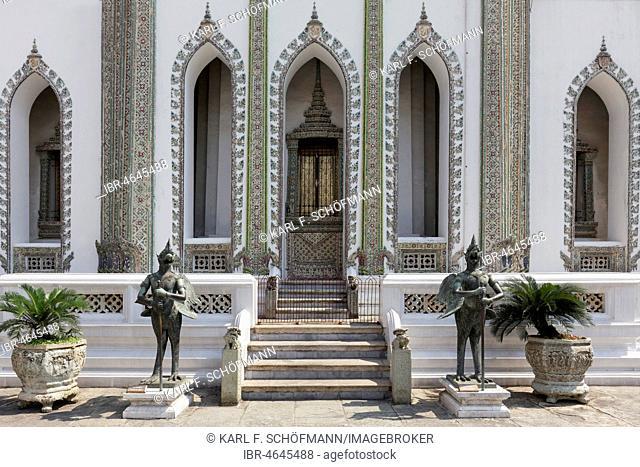 Phra Viharn Yod, Assembly Hall, Wat Phra Kaeo, Ko Ratanakosin, Bangkok, Thailand