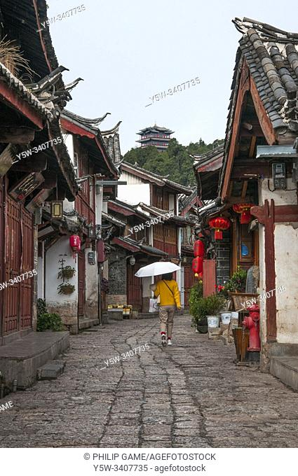 Traditional tiled rooftops of the old quarter of Lijiang, Yunnan, China