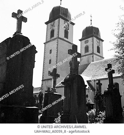 Kirche in St. Märgen im Schwarzwald, Deutschland 1930er Jahre. Church at St. Maergen in the Black Forest, Germany 1930s