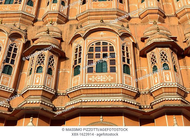 Detail of Hawa Mahal, also knows as the Palace of Winds, Jaipur, India