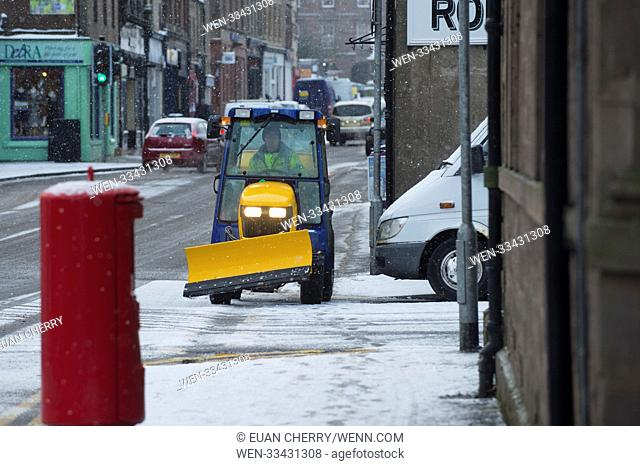 Northern Scotland is hit by snow fall and below freezing temperatures as snow arrives as far south as Montrose Featuring: people in Montrose Where: Montrose