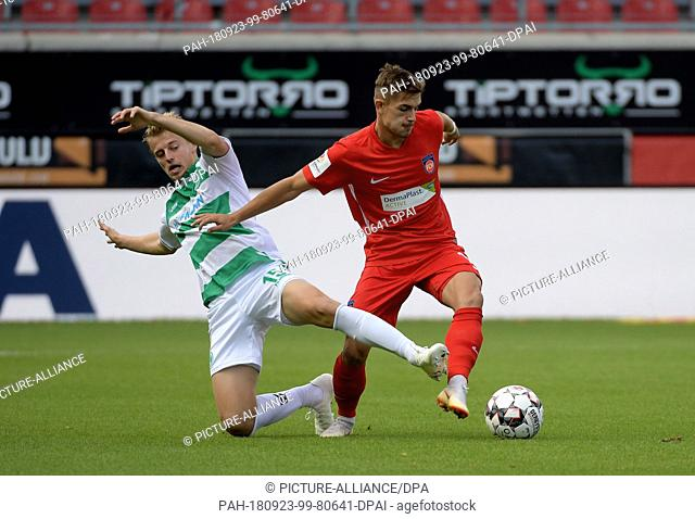 23 September 2018, Baden-Wuerttemberg, Heidenheim: Soccer: 2nd Bundesliga 1st FC Heidenheim - SpVgg Greuther Fürth, 6th matchday in the Voith Arena