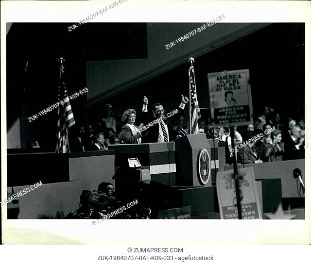 Jul. 07, 1984 - Gov. Mario Cuomo N.Y. State Governor Mario Cuomo gives thumbs up to the cheers of the Delegate to the Convention