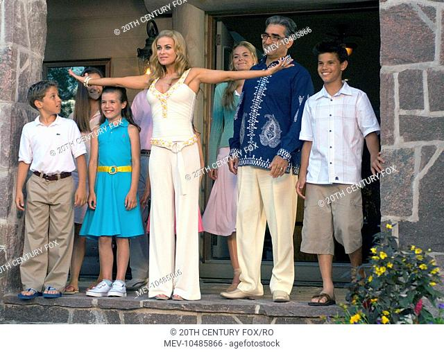 Cheaper By The Dozen 2 Stock Photos And Images Agefotostock