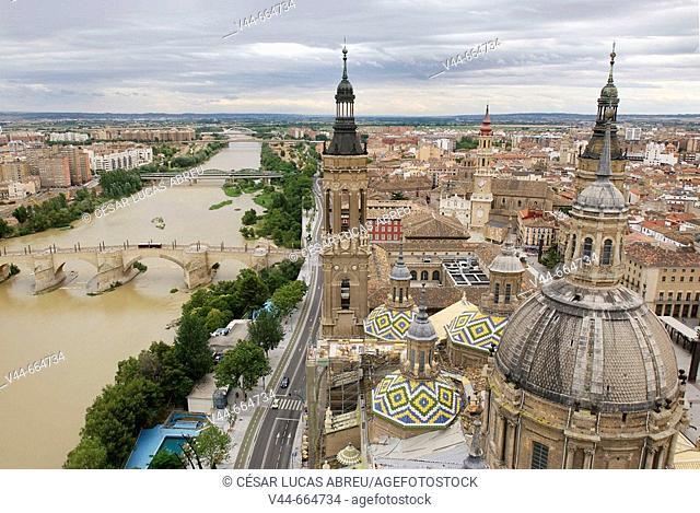 Cathedral of El Pilar and Ebro river overview. Zaragoza, Aragon. Spain