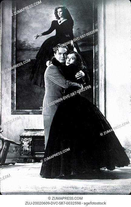1939, Film Title: CAT AND THE CANARY, Director: ELLIOTT NUGENT, Studio: PARAMOUNT, Pictured: PAULETTE GODDARD, BOB HOPE. (Credit Image: SNAP/ZUMAPRESS